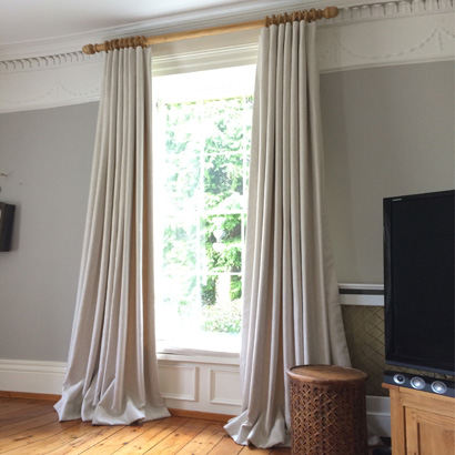 Bespoke curtain maker